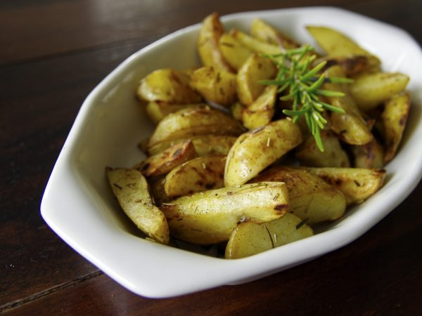 New potatoes with rosemary and garlic butter